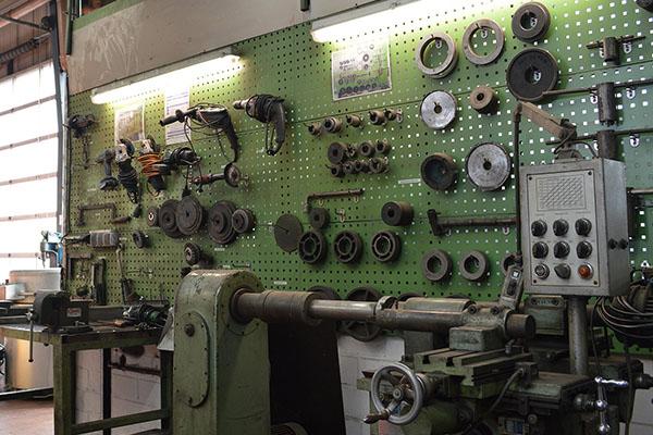 Kfz Mechatroniker Nutzfahrzeuge - Werkstatt