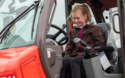 Zukunftstag 2019 – Junge Menschen erkunden Truckxxgroup Betriebe