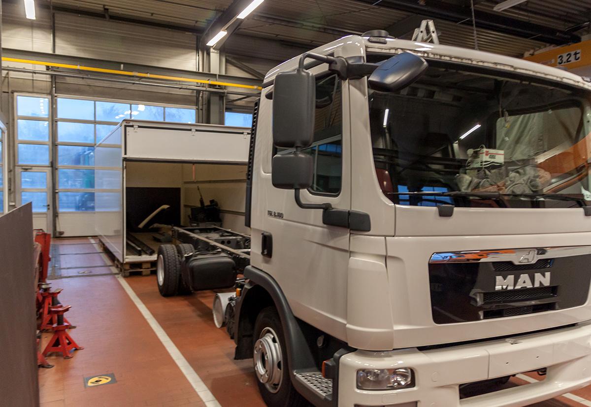 ersatzteile service f r nutzfahrzeuge truck center minden gmbh. Black Bedroom Furniture Sets. Home Design Ideas